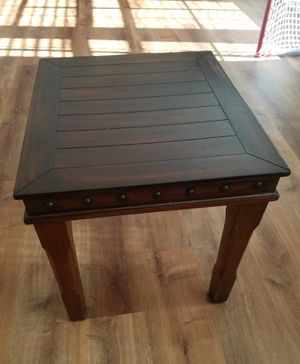 End table for Sale in Virginia Beach, VA
