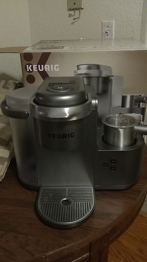 KEURIG K•Cafe Single Serve Coffee, Latte & Cappuccino Maker for Sale in Seattle, WA
