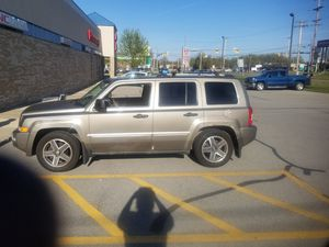 Jeep Patriot 2008 like new for Sale in Youngstown, OH