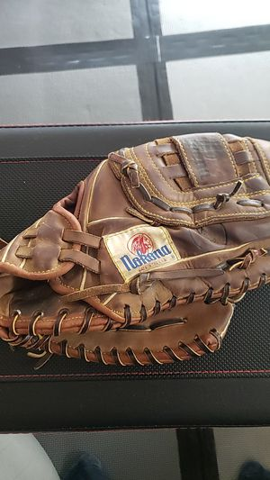 Nokona baseball/softball glove for Sale in Kent, WA