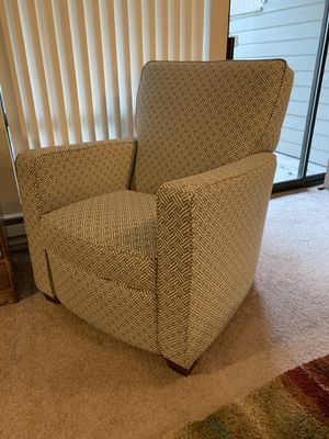 Lazy Boy Chair/Recliner for Sale in Seattle, WA