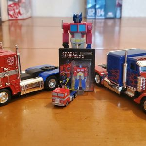 Transformers Optimus Prime Random Little Figures And Vehicles for Sale in Garden Grove, CA