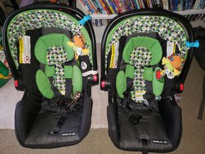 Twin car seats, bases, and stroller for Sale in Chesapeake, VA