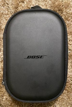 BOSE QUIET COMFORT 35 II NOISE CANCELING WIRELESS HEADPHONES for Sale in Maple Valley, WA