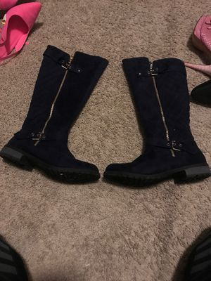 Boots navy blue size 9 for Sale in Centennial, CO