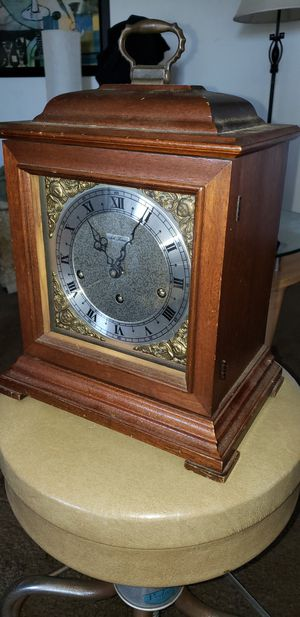 Seth Thomas Mantel Clock with chimes for Sale in Costa Mesa, CA