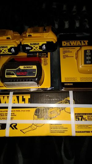 DeWalt flex volt,2 xr4.0,DeWalt xr brushless cordless multi tool, DeWalt USB power source for Sale in Hudson, FL