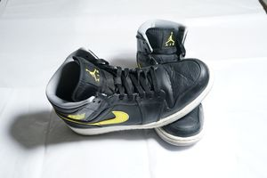 Jordan 1 mid for Sale in Mesquite, TX