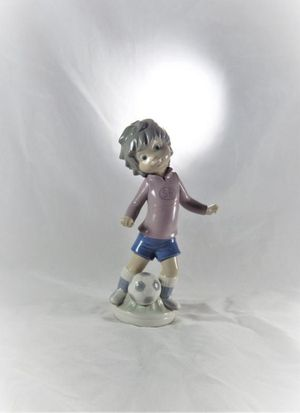 Lladro Sport Billy Soccer Figurine #5135 for Sale in Charlotte, NC