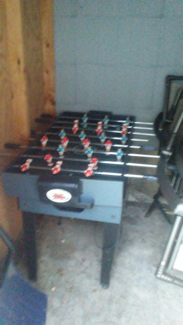 Foseball/air hockey table