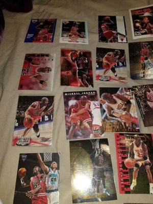 Thousands of cards (Jordan, baseball ,football,basketball for Sale in Phoenix, AZ