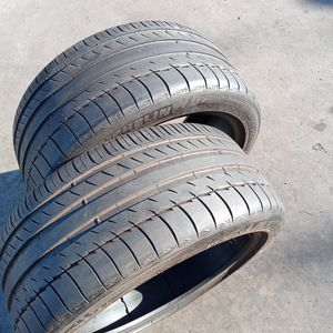 """Michelin Tire 255 40 18"""" With 80% for Sale in Pasadena, CA"""