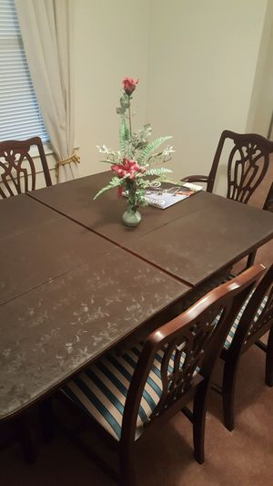 Antique 50s circa era wooden dining room set for Sale in Greenville, SC