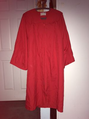 Red Graduation Gown: Fits 5'0 - 5'2 ft for Sale in Union City, CA