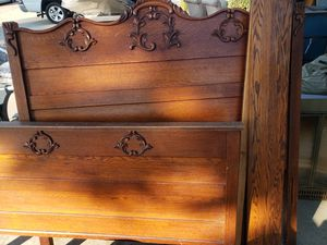 Antique full size bed frame for Sale in Montclair, CA