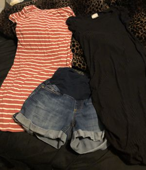 Maternity clothes for Sale in Des Moines, IA