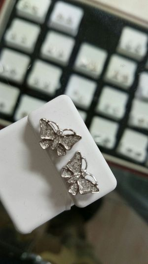 10k real gold diamond earrings for Sale in St. Louis, MO