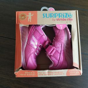 Surprize by Stride Rite Stage 2 first walker Babies shoes for Sale in Fresno, CA