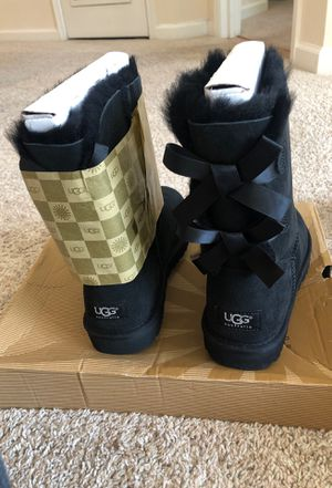 Bailey bow ugg boots for Sale in Herndon, VA