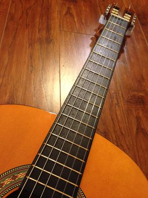 Vintage TAKA TATG 300 Classical Acoustic Guitar – Like New! for Sale in Houston, TX