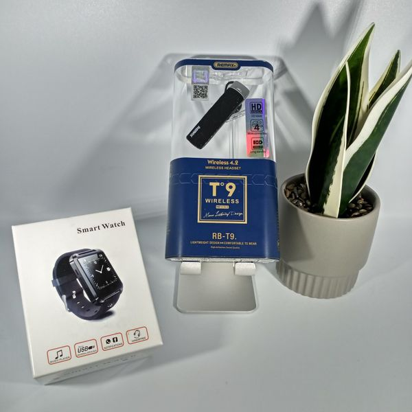 Bundle of TWS T9 TWS HD and U8 Smart watch and health monitoring for both Android and iOS devices.