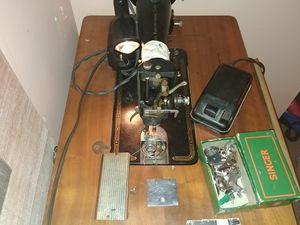 The Singer 99 sewing machine for Sale in Columbia, MD