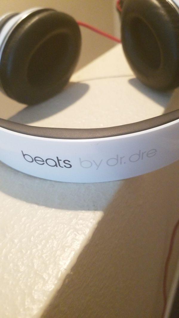 White Beats By Dre Studio Headphones