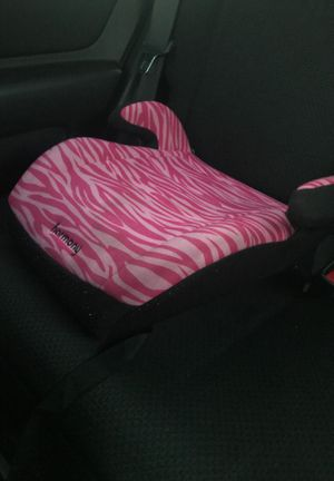 Two girls (2-5 years old) booster seats for Sale in Hialeah, FL