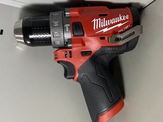 """Milwaukee FUEL M12 HAMMER Drill Driver. 1/2"""" Metal Chuck. Brushless Motor. ( TOOL ONLY ) for Sale in Vancouver,  WA"""