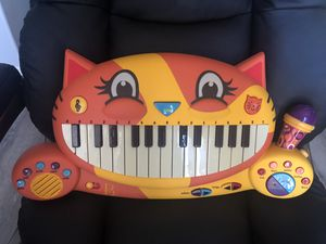 Meowsic Keyboard Piano for Sale in Murrieta, CA