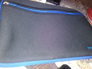 Water proof tablet bag and or phone to keep your devices n good shape for Sale in Fort Pierce, FL
