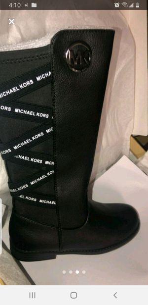 Michael kors for Sale in Douglasville, GA