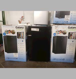 BRAND NEW Frigidaire Mini Refrigerator Fridge #776 for Sale in Hialeah, FL