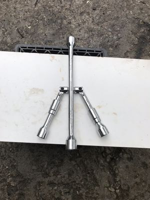 Lug wrenches for Sale in Columbus, OH