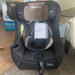 Baby Car Seat **NEVER USED** for Sale in Rowland Heights,  CA