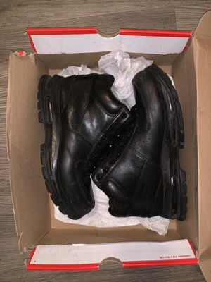 Nike air max goadome work boots size 10.5 for Sale in Austell, GA