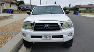 Toyota, tacoma for Sale in Whittier, CA