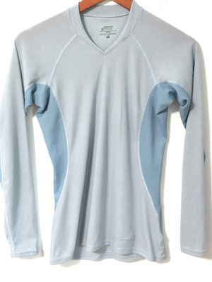 Patagonia Light blue top size XS for Sale in Eagan, MN