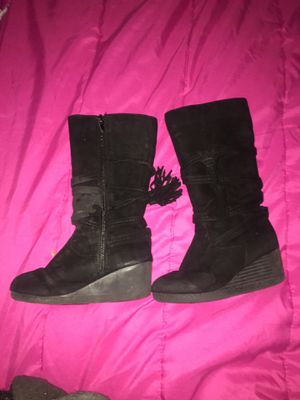 Size 11 tall black little girl boots, in good condition for Sale in Denver, CO