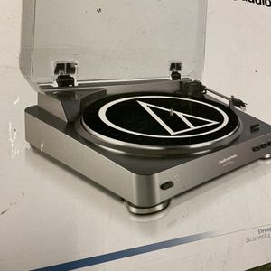 New Turntable Record Player, Audio-Technica AT-LP60-USB Fully Automatic Stereo Turntable System with USB Output for Sale in Chicago, IL
