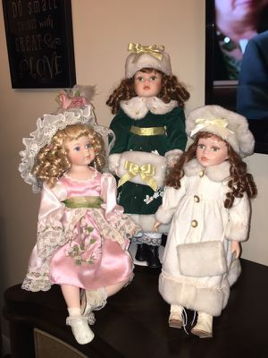 3 Gorgeous Porcelain Dolls for Sale in NC, US
