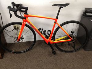 Specialized Roubaix comp orange 2017 size 54 22speed road bike some dings 11091127254 for Sale in Sacramento, CA