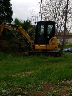 CAT/ Mini Excavator rental $450/day. Delivery available. for Sale in Ontario, CA