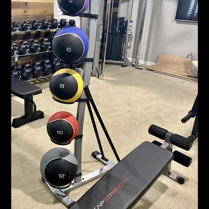 Brand new in box 42 lb medicine weight balls set with rack and slant weight bench (not negotiable) for Sale in Chula Vista, CA