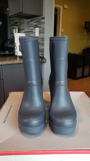 Women's High Hill Rain boots HUNTER US 8 for Sale in Downey, CA