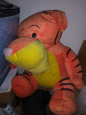 Large Tigger Stuffed Toy for Sale in Irwindale, CA