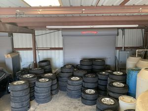 Take off truck wheels and tires for Sale in Riverside, CA