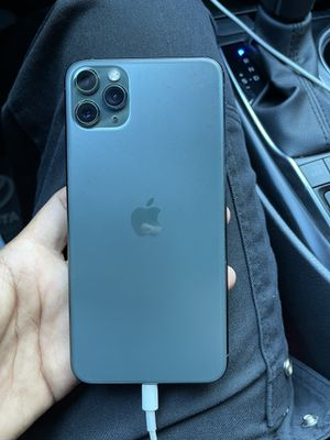 iPhone 11 Pro Max for Sale in Orange, CA
