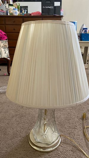 Lamp in good condition for Sale in North Attleborough, MA