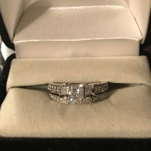 Bridal Set: 3/4ct tw princess 14k WG engagement ring & 1/5ct 14k White Gold wedding band for Sale in Clayton, NC